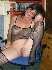 Hot Mature Girlfriends - Mature and milf porn pictures free ...